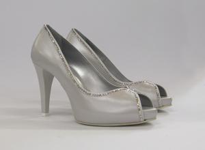 Scarpa cerimonia elegante in pelle bianco con applicazioni in cristallo svarovsky  Guido La Rocca Art.G938A
