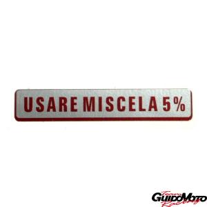 GMV0065 Adesivo per Vespa USARE MISCELA AL 5%