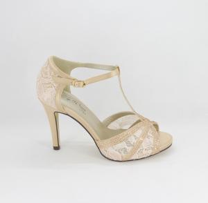 Sandalo cerimonia donna elegante in tessuto di raso e pizzo cipria  con applicazione in cristalli e cinghietta regolabile Art.Z600013