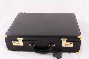 Valigia per celebrazione con completo messa SAL905
