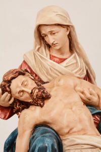 Statua Madonna della Pietà in Resina h. 62 PASQPA615