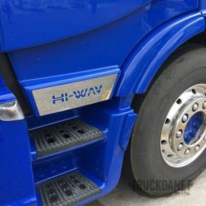 IVECO Inserti sotto portiera con scritta Hi-Way