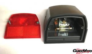 Fanale posteriore Cev per Piaggio ciclomotore si a due luci