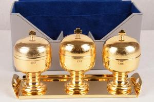 Servizio Oli Santi in metallo dorato CAL