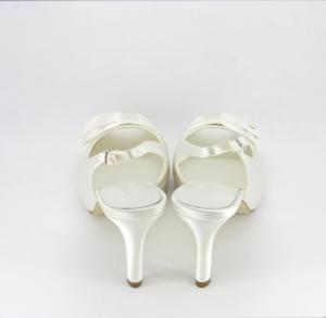 Sandalo donna elegante da cerimonia in tessuto di raso avorio con fiocco e cinghietta regolabile Art05183W04