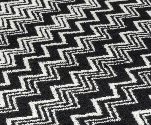 Buy Missoni Home Keith - Bath Sheet | Classic zigzag design in black and white