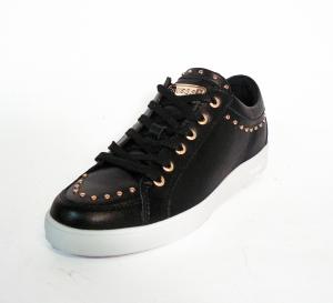 Sneaker nera bassa Guess