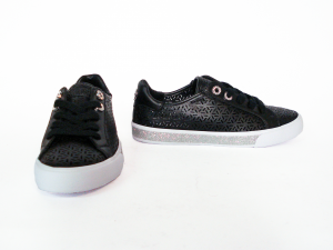 Sneaker nera traforata Guess