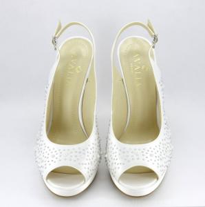 Sandalo cerimonia donna elegante in tessuto avorio con applicazione in cristalli, perle e cinghietta regolabile Art. AMOR