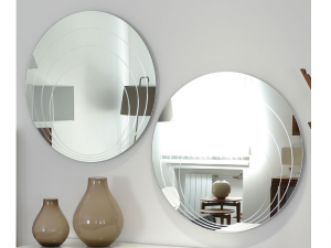 Specchio rotondo LUNE Connubia  by Calligaris con decoro a cerchi concentrici.