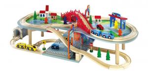 Ferrovia giocattolo su più livelli in legno con accessori
