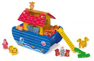 Arca di Noè di legno con animali