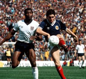 1983-84 Scozia Maglia Home Match Issue  #7 (Dalglish) (Top)