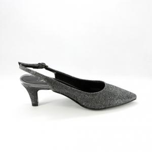 Scarpa cerimonia donna elegante in tessuto glitter color piombo con punta sfilata e cinghietta regolabile alla caviglia.