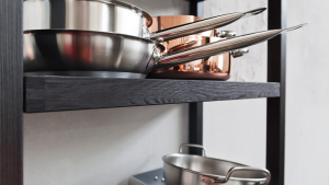 Cucina in legno tinto stile Industry