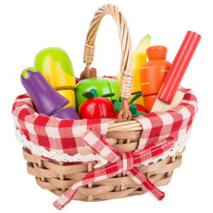 Cestino della spesa giocattolo con alimenti da tagliare