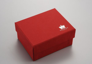 Scatola rossa cm.31x6x2,5h