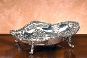 Jatte centrotavola fruttiera ovale argentata argento in sheffield stile cesellato cm.30x22x7h