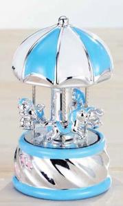 Carillon azzurro con cavallini bimbo argentato con luci colorate cm.16h diam.9