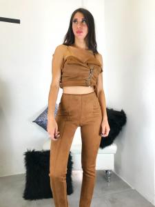 Completo donna top con cerniera obliqua e leggins vita alta  in tessuto scamosciato realizzato in Italia TG unica