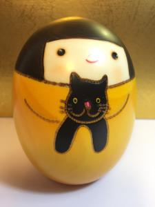 Kokeshi, Sally Gialla e il Gatto