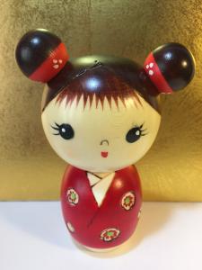 Bambola Kokeshi, Innocenza