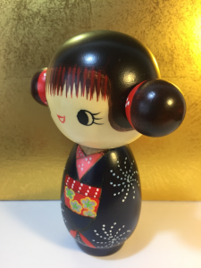 Bambola Kokeshi, Buon Umore