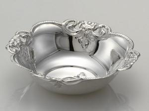Ciotolina tonda argentato argento sheffield stile cesellato cm.4h diam.14