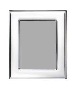 Cornice media liscia in argento 13x18 misure esterne 21x24 retro in legno cm.13x18h