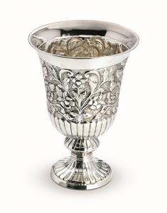 Vaso tondo argentato argento sheffield stile cesellato cm.31h