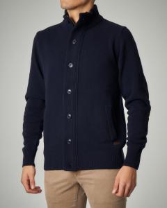 Maglia blu con bottoni in lana