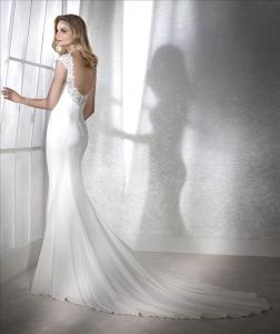 Abito sposa mod. FIANA linea WHITE ONE -PRONOVIAS