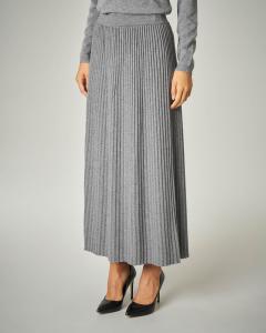Gonna in tricot plissè colore grigio.