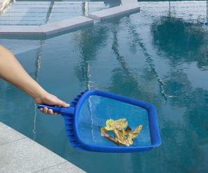 Retino di superficie per piscina Professional