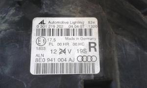 Proiettore faro anteriore destro dx usato originale Audi A4 serie dal 2004 al 2008
