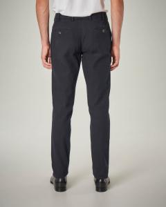 Pantalone chino blu a trama occhio di pernice
