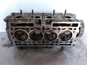 Testata motore usata originale Renault clio 2à serie dal 2001 al 2010 1.2 benzina