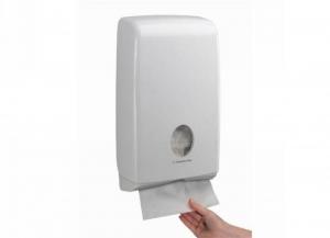 KIMBERLY-CLARK Distributeur Aquarius serviettes mince intercalés 1 pièce Bain: accessoires et tissus