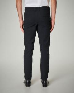 Pantalone nero in cotone elasticizzato