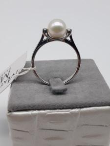 Anello donna in oro bianco con perla e diamanti, vendita on line   GIOIELLERIA BRUNI Imperia