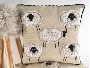 Cuscino arredo decorativo SHEEP pecore 50x50 cm con imbottitura beige