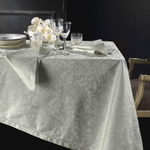 Tovaglia PIAZZA PITTI 150x180 cm in fiandra con 6 tovaglioli grigio perla Manuela