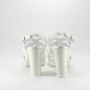 Sandalo donna elegante da cerimonia in tessuto glitter avorio con cinghietta regolabile, plateau e tacco largo