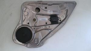 Alzacristallo elettrico posteriore dx usato originale Mercedes-Benz Classe C serie dal 2011>