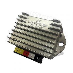 Regolatore di tensione Piaggio Vespa PX PK Cosa Ape 58074R