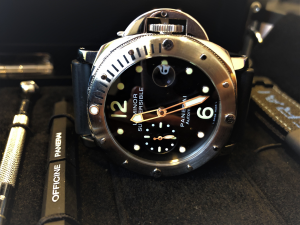Orologio secondo polso Officine Panerai Luminor Submersible