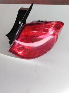 Fanale post. parte est. dx usato originale Alfa Romeo Giulietta serie dal 2010 al 2013