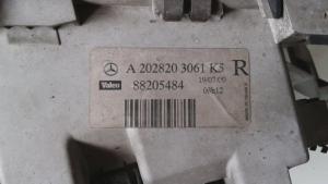 Proiettore ant. dx usato originale Mercedes-Benz Classe C serie dal 1993 al 2002 220 CDI