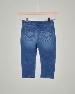 Jeans con elastico in vita
