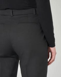 Pantaloni neri alla caviglia